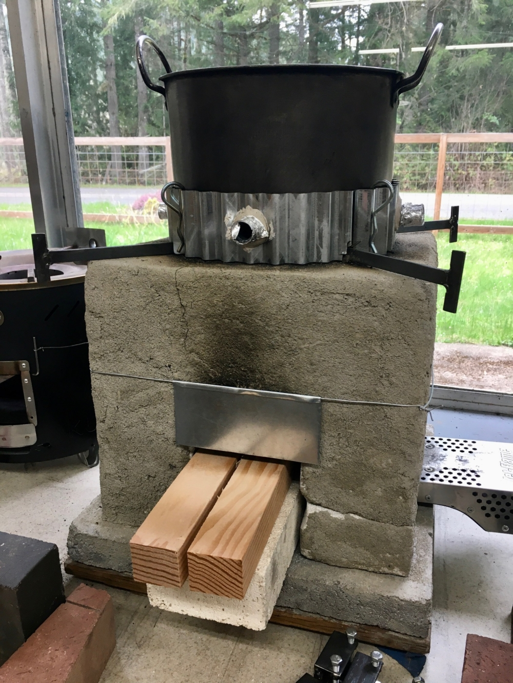 CQC stove with swinging door